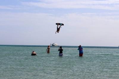 Picture from NKE's kite surfing safari Noveber 2018 - kiter trick upside down