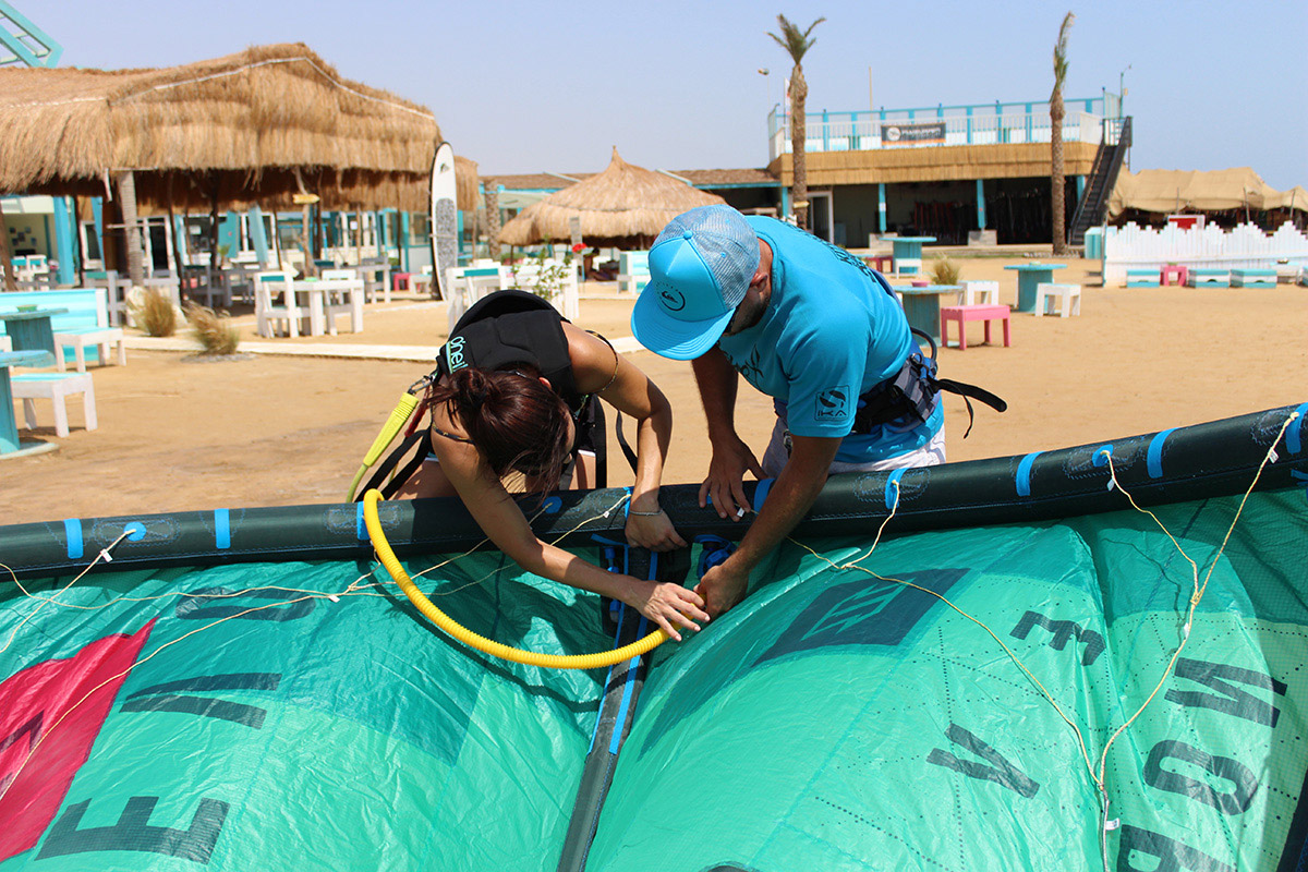 Learn to Kitesurf in El Gouna - Lessons & Safari's with
